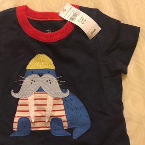 Gap baby onesie shirt